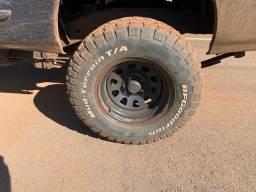 Jogo BF Mud-Terrain 265/75 R16