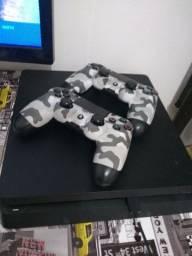 Playstation 4. 500GB