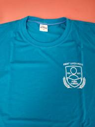 Título do anúncio: Vendo 3 conjuntos calça e camisetas do ensino fundamental colégio Luiza ross