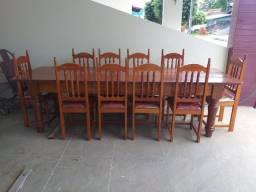 Vende-se Mesa em Madeira de Lei