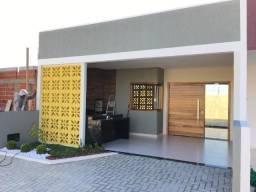 Casa em Condomínio de 10 casas