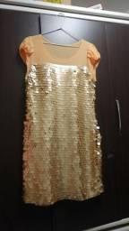 Vestido de Paetê cor dourada com bojo