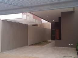 A casa mais bonita do bairro Rita Vieira, você tem que ver isso!! R$ 450.000,00