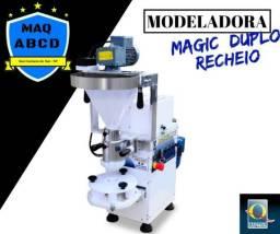 Maquina para Salgados de Duplo Recheio (4.000 unidades por hora)