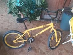 Vendo um bicicleta pro X croz
