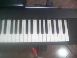 Piano digital yamarra np 31