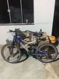 Vende se essa bicicleta, interessados por favor entrar em contato !