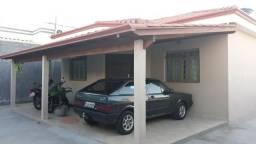 Oportunidade: Vende-se Casa no bairro Pinheiros ( lote de 300m² )