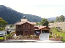 Casa a venda localizada na cidade de Urubici - Santa Catarina