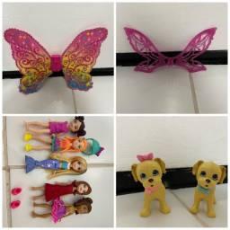 Asas e cachorrinhos da Barbie e Polly pockets roupinhas