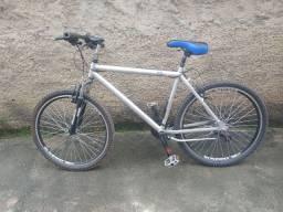 Bicicleta Monaco de alumínio