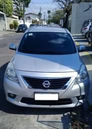 Nissan Versa Ano 2014>Modelo SL-Único Dono-Opcionais de Fábrica