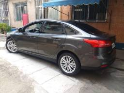 Focus Fast Back - Sedan SE 2.0 - 3.500kms reais