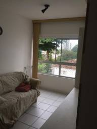 Apartamento na Torre para alugar por R$ 1.700,00