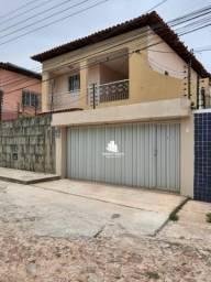 Casa com 7 dormitórios à venda, 230 m² por R$ 450.000,00 - Saci - Teresina/PI