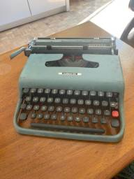 Título do anúncio: Máquina de escrever Lettera 22
