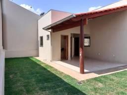 Título do anúncio: Casa 3Q sendo um suíte no Parque Brasília