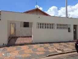 Vende ou troca casa em Mogi Mirim