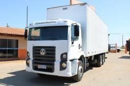 Título do anúncio: Caminhão 242506x2 ano 2012