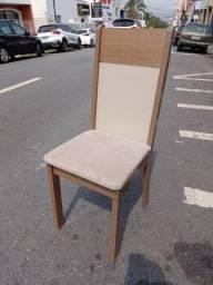 Título do anúncio: Cadeira unitária de MDF em bom estado de conservação