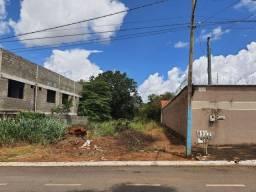 Vendo lote barato no Goiânia 2 -Av Boulevard Conde dos Arcos-FLAR020