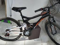 Bicicleta Houston stinger a venda aro 26 nova .