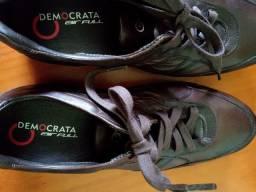 Sapato masculino democrata.