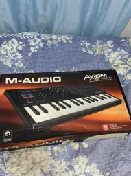 Vendo Controladora M-Audio Axion Air 32