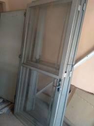 portas de vidro e alumínio