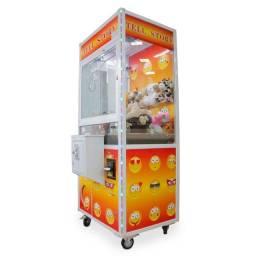 Título do anúncio:  Máquina de Diversão Grua Para Pegar Bichos de Pelúcia