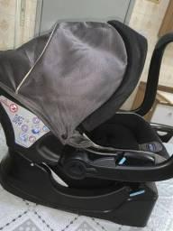 Cadeira de automóvel marca Chicco