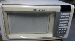 Forno de microondas Electrolux 23 litros