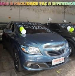 Onix 1.4 2014 COM R$5MIL DE ENTRADA SÓ NA SHOWROOM AUTOMÓVEIS - 2014