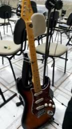 Vendo Guitarra Tagima woodstock Strato