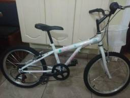 Bicicleta Caloi aro 20 semi nova usada poucas vezes