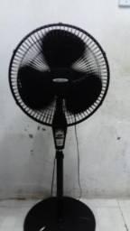 Ventilador Mallory 40cm com controle remoto funcionando normal