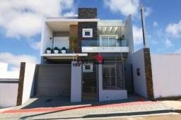 8287   Sobrado à venda com 3 quartos em Centro, GUARAPUAVA