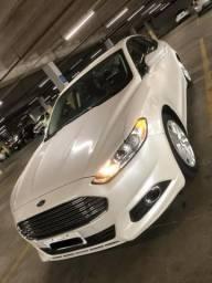 Ford Fusion Automático baixíssima quilometragem NOVO - 2014