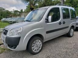 Fiat doblo essence 1.8 flex 2017 07 lugares - 2017