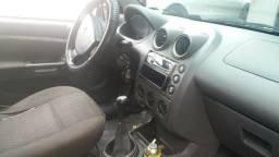 Fiesta sedan - 2005