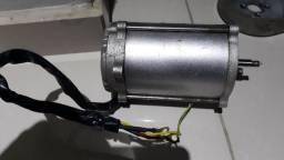 Motor skate eletrico. 800 W.