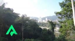 Ótimo terreno no Bairro da Velha, com fácil acesso a Rua Humberto de Campos!!