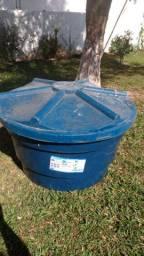 Caixa D'água 310 ml tampa com trava