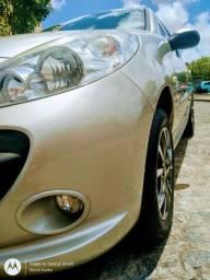 Peugeot 207 1.6 16v XS impecável baixa quilometragem