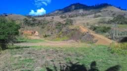 Linda chácara de 23.000 m² em Delfim Moreira- Sul de Minas Gerais
