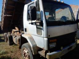 Caminhão Ford Cargo 90