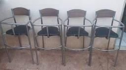 Cadeira p/ restaurante de criança