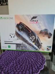 Vendo xbox one s 500gb com 3 jogos na caixa!