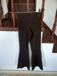 Título do anúncio: Calça flare da Tazza (veste tam. M)