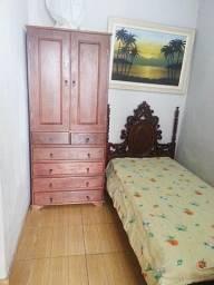 Alugo quarto mobiliado entrada independente da casa